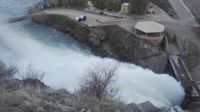 مرحله دوم رهاسازی آب از سدهای استان آذربایجانغربی به سمت دریاچه ارومیه